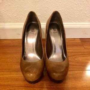 Baker Tan Leather platform heels